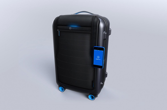 bluesmart-connected-suitcase-iphone-attached-970x646-c.jpgFF