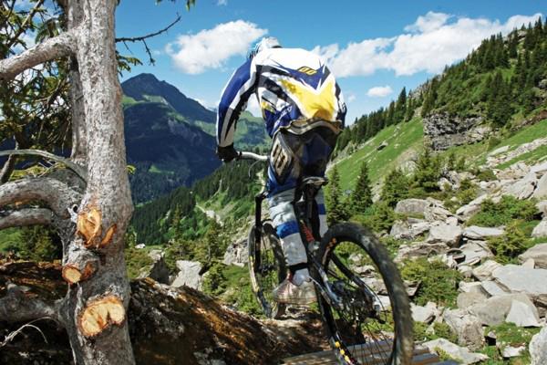 mountain-biking1-(1).jpgFFFF