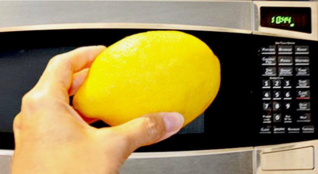 مایکروویو خود را با لیمو تمیز کنید