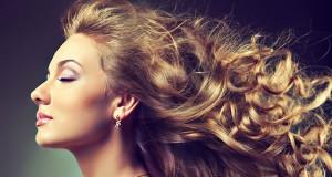 موهایتان را به راحتی با اتوی مو فر کنید + عکس