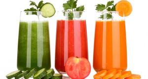 معرفی آب میوههای مفید برای کمخونها و بیماران قلبی