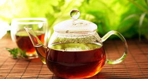 به این دلایل قبل از خواب چای نخورید