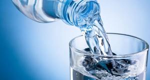 نوشیدن یک بطری آب قبل از غذا سبب کاهش وزن می شود؟!