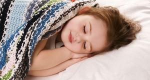 برای خواب راحت و آرام، پاهای خود را گرم نگه دارید