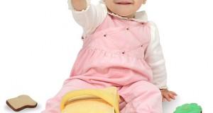 سرگرمی برای نوزادان از بدو تولد تا ماه سوم