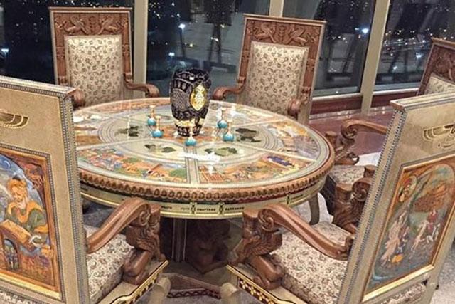 مبل ۲ میلیارد تومانی در برج میلاد! + عکس