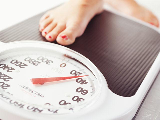 چرا نباید هر روز خودمان را وزن کنیم؟