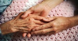 سالمند آزاری در ایران رو به افزایش است