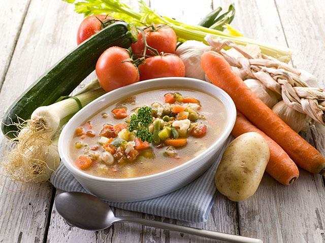 بهترین و بدترین مواد غذایی، زمانی که به آنفلوآنزا مبتلا شدهاید