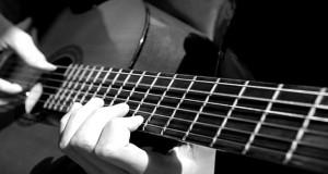 با این روش  ها گیتار خود را کوک کنید!