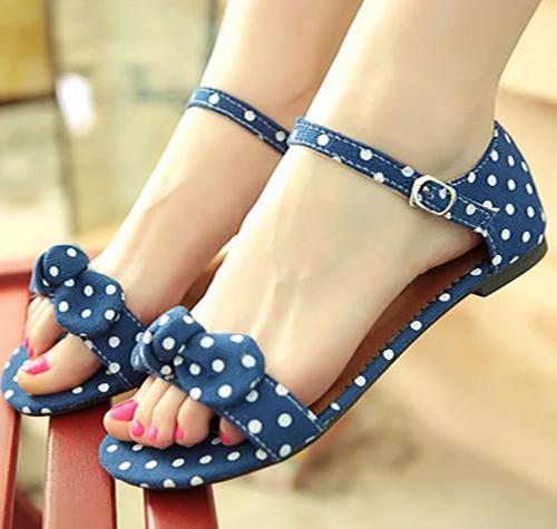 چه کفشی برای تابستان مناسب است؟