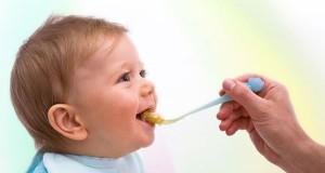 مادران و غذای کمکی نوزاد