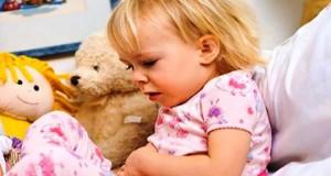 عارضه ی دل درد در کودکان