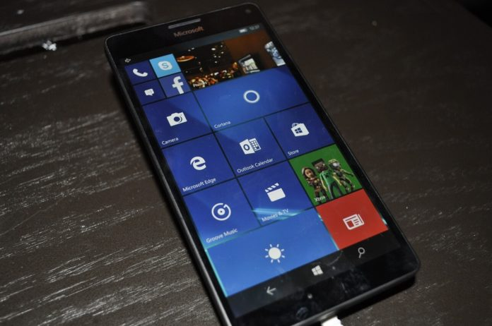Microsoft-Lumia-696x462