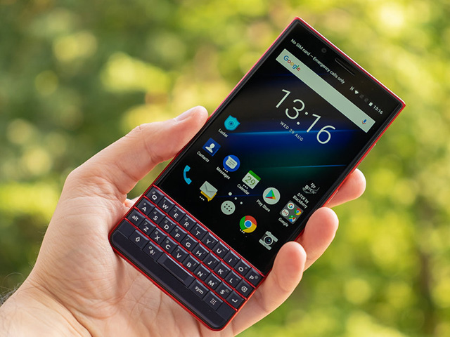 BlackBerry-KEY2-LE-vs-KEY2-Specs-comparison-and-main-differences-