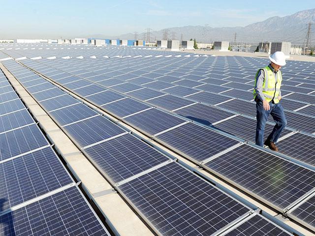 SOLAR-PANELS-LA-1260x800-