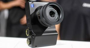 اولین دوربین کامپکت و فول فریم زایس