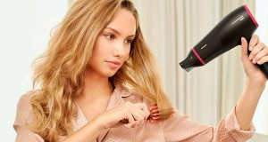 با این ترفندها، موهایتان را به سبک آرایشگرهای حرفه ای سشوار کنید