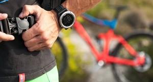 چه کار کنیم که هنگام خرید ساعت ورزشی، سرمان کلاه نرود؟